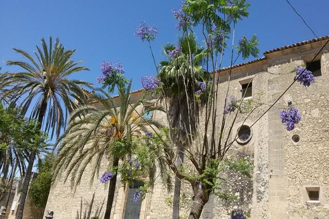Pfarrkirche Sant Bartomeu aus dem 14. Jahrhundert